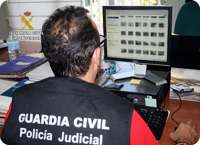 Detienen a un vecino de San Pedro del Pinatar por distribuir pornografía infantil a través de internet